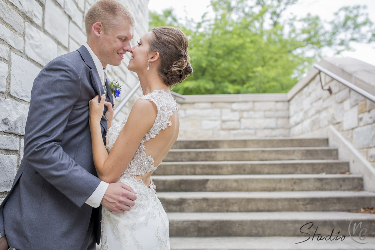 dan-and-hillary-gorgeous-wedding-greenfield-park-merrill-hills-028