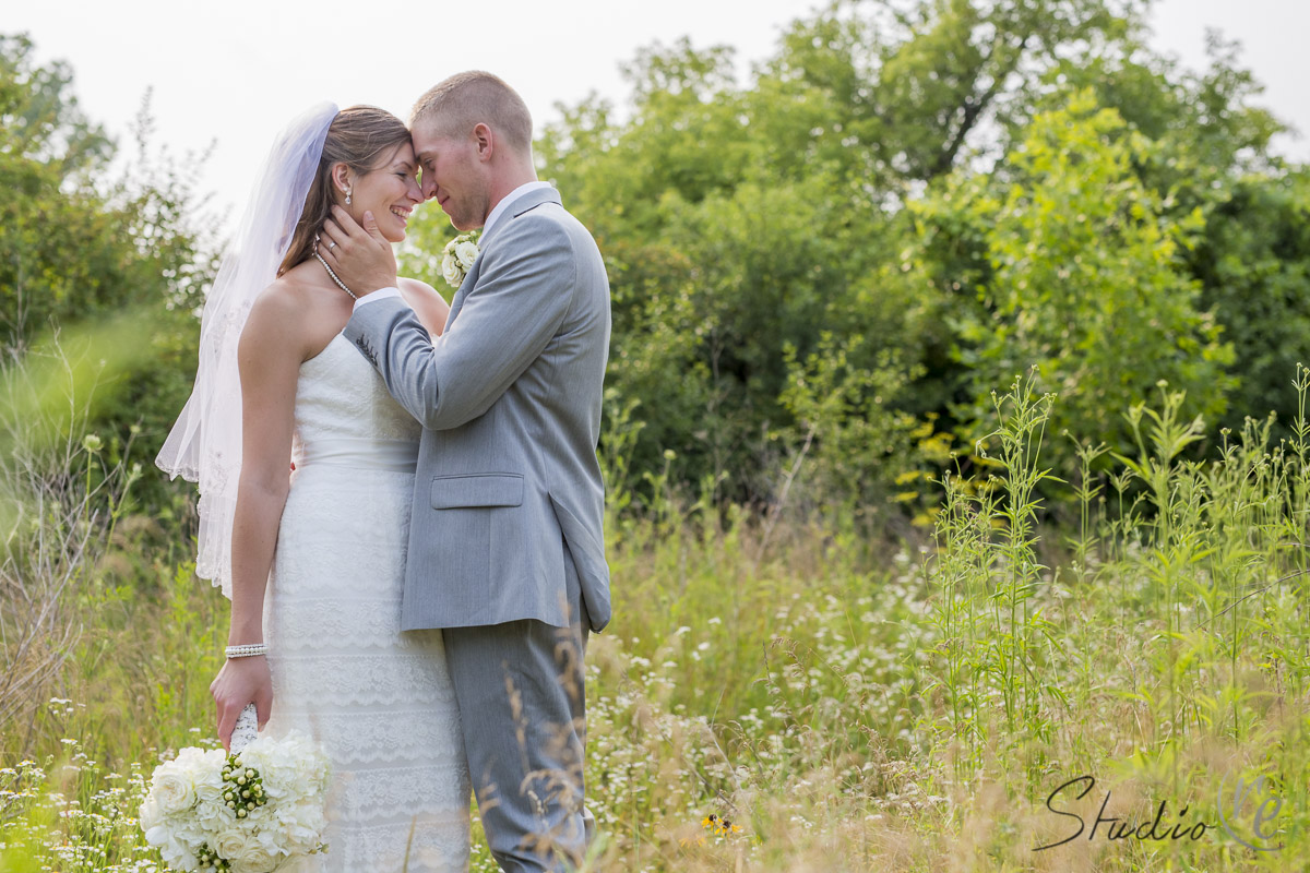 joe-and-erica-beautiful-outdoor-backyard-summer-wedding-pewaukee-wi-027